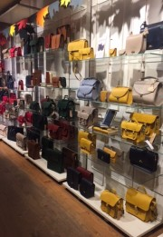 Covent Garden - to shop or not to shop for handbags