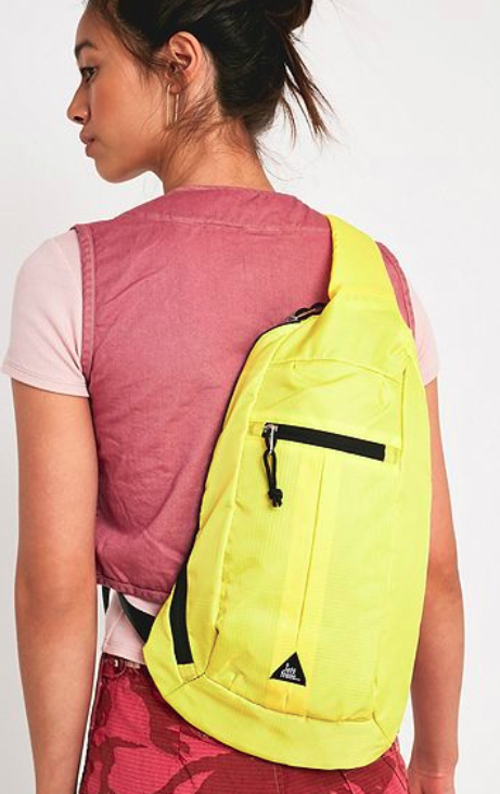 Check out 10 fashion bags that rock one of the season's trends.  Bag a bargain with this list of best buy bags.