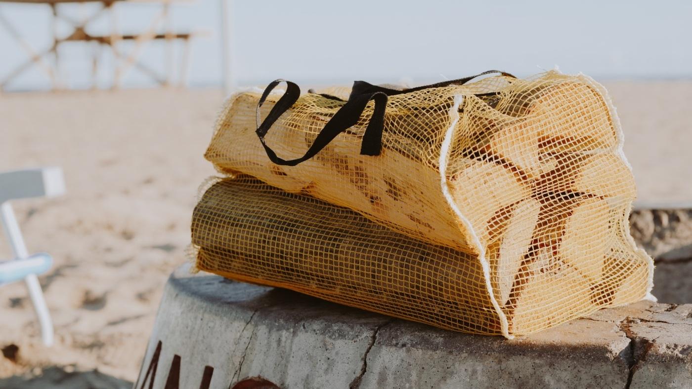 5 unisex beach bags for summer